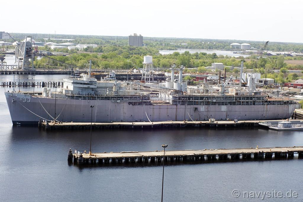 USS Simon Lake (AS 33)